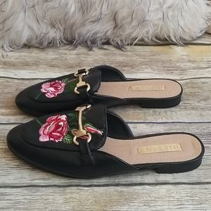 Bellini Floral Mules Size 7